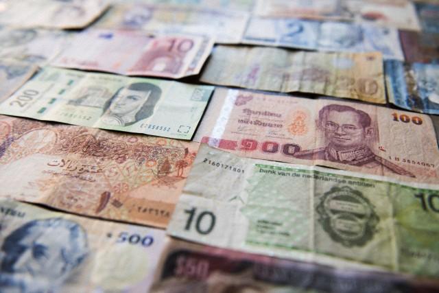 Marketplace e Dinheiro - imagem: Matt Hoover Photo